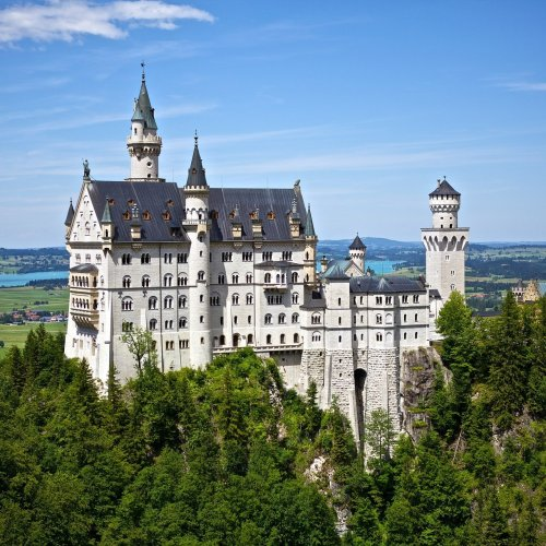 Neuschwanstein Castle Quiz: questions and answers
