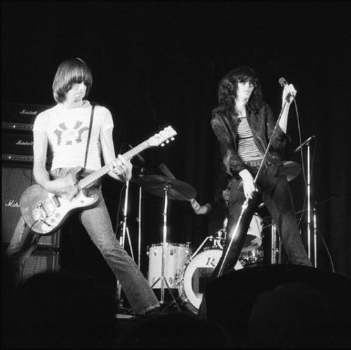 Ramones Quiz: questions and answers