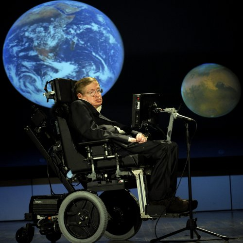 Stephen Hawking Quiz: questions and answers
